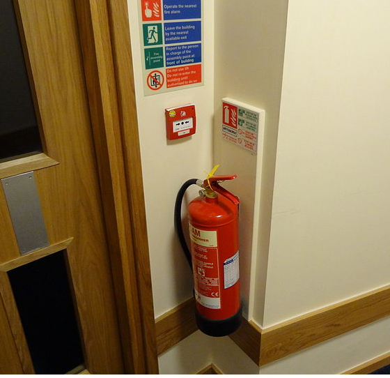 AFFF Foam Extinguisher